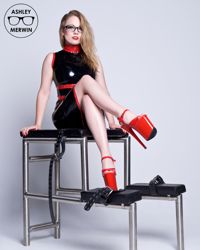 Interview with Latex Fashion Model Ashley Merwin